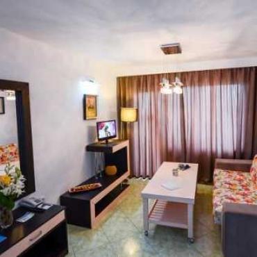Hotel MAJESTIC - LITORALUL PENTRU TOTI