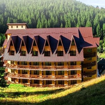 Hotel MISTRAL - Pachete de vacanta