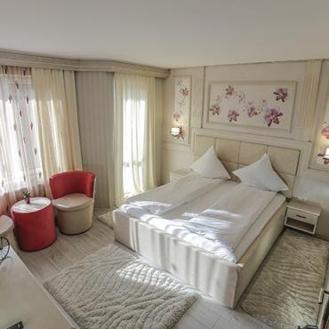 Hotel GOLDEN SPIRIT