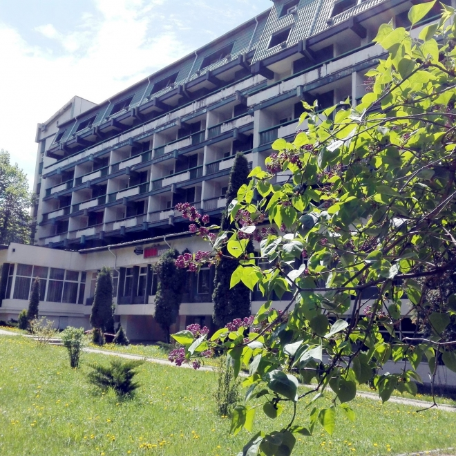 Hotel BRADUL - Oferta HAI LA BAI