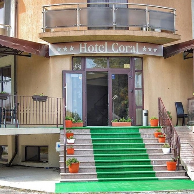 Hotel CORAL - Incrieri timpurii 30.04.2021
